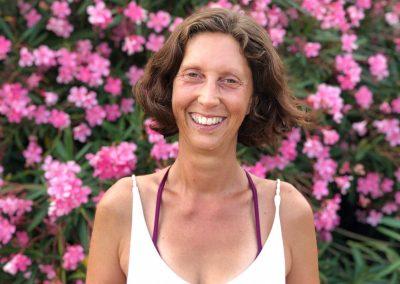 Muriel-joubert-fondatrice-vivre-en-yoga-auteur-comment-jai-trouve-ma-propre-lumiere